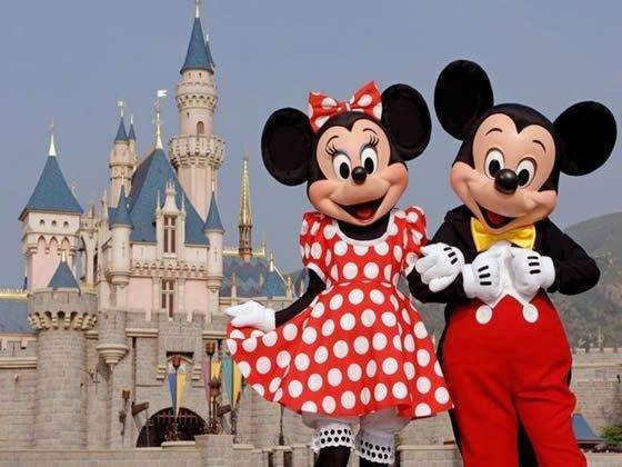 A01b05-DisneylandParis-1-