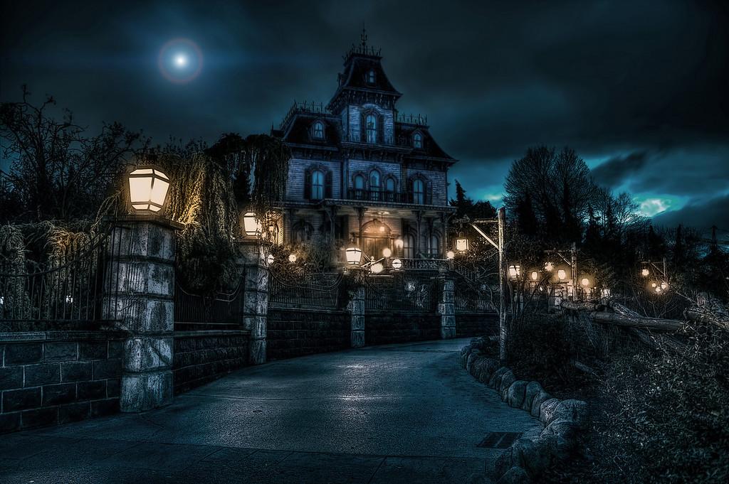 Disneyland Paris : vers une nouvelle version de Phantom Manor ! |  Disneyland Paris bons plans