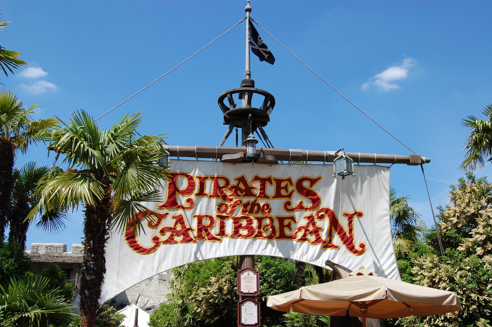 l-accident-a-eu-lieu-dans-l-attraction-pirates