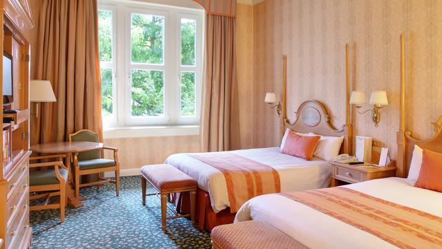 n016194_2021feb15_disneyland-hotel-standard-double-room_16-9