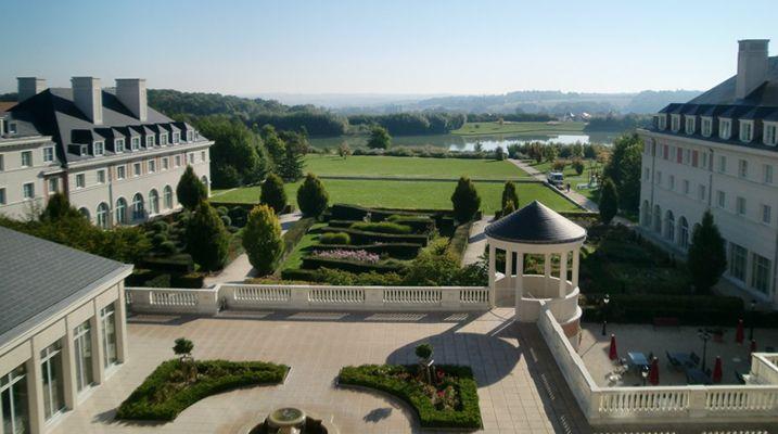 vienna-international-dream-castle-hotel1.jpg