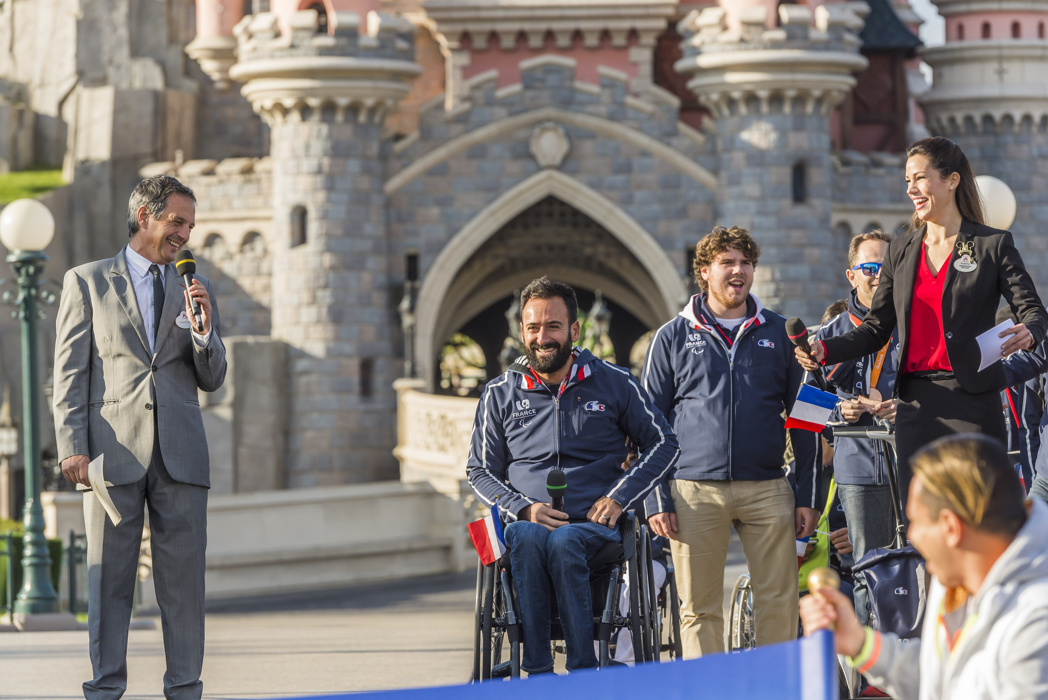 D+®l+®gation fran+ºaise Paralympique +á Disneyland Paris (2).jpg