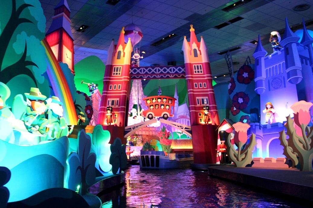 London-Its-a-Small-World-After-All-ride-Fantasyland-Disneyland-Paris-Elle-Field.jpg