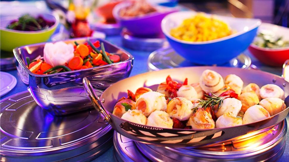 n016123_2020fev25_world_continental-buffet-restaurant-des-stars_16x9.jpg